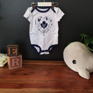 NHL Toronto Maple Leafs Baby Onesie Top 12 Months